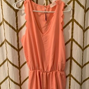 EVERLY Coral / Orange Romper Size Large